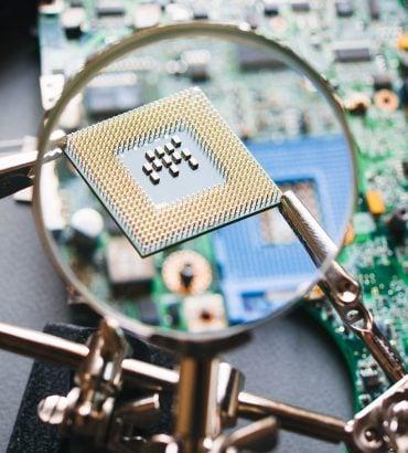 Web Hosting Paketlerinde 4 ila 6 Kata Kadar Yüksek CPU