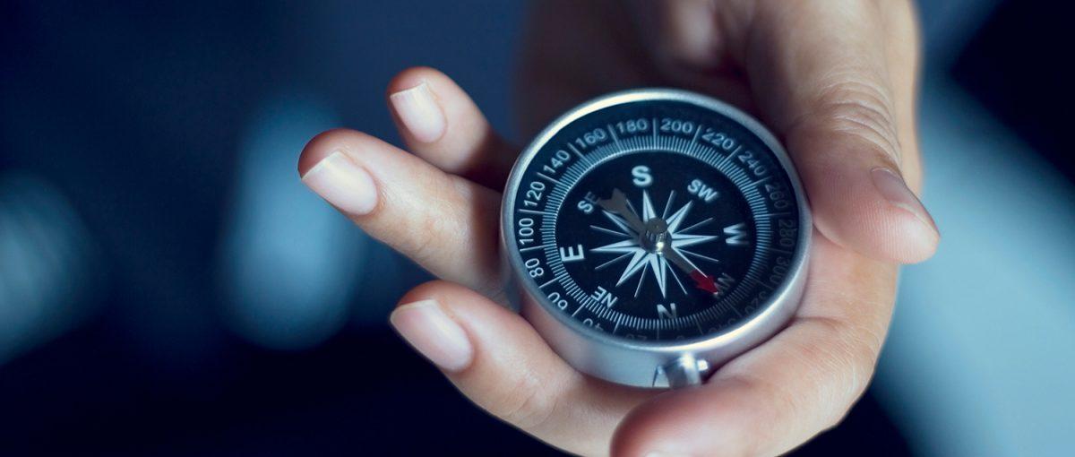 KPI'lar, yöneticilerin işletmenin yolun neresinde olduğunu, stratejilerine karşı tutarlılığını, yolculuğunun başarılı olup olmadığını anlamak için kullandıkları pusulalardır.